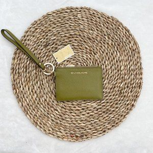 NWT Green Michael Kors Small Coin Purse Wristlet
